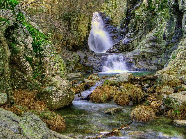 Cascada de el Purgatorio en la Sierra de Madrid